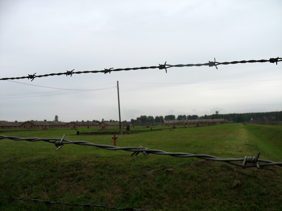 travel_auschwitz