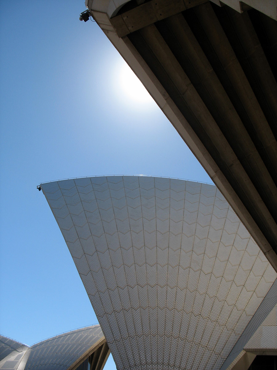 travel_sydneyoperahouse